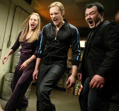 Kristin Bauer, Alexander Skarsgård et Patrick Gallagher